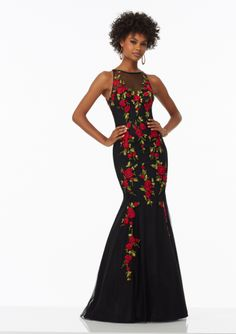 Black Mermaid Bateau Neck Tulle Embroidered 2017 Sweep Train Prom / Pageant / Evening Dresses