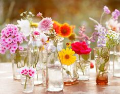 How to Make Cut Flowers Last longer in a Vase Flowers are a wonderful addition to any home; a vase of flowers in the room adds elegance but also makes people happier. What is a pretty floral.