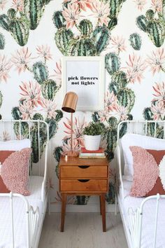 Cactus inspired shared room for sisters #tennager'sbedrooms