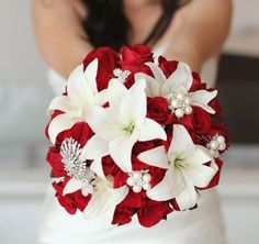 Wedding bouquet is an important part of the bridal look. Looking for wedding bouquet ideas? Check the post for bridal bouquet photos! Wedding Brooch Bouquets, Bride Bouquets, Red Bouquet Wedding, Red Wedding Flowers, Broach Bouquet, Cascading Wedding Bouquets, Purple Bouquets, Flower Bouquets, Red And White Weddings