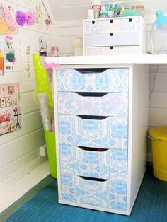 Vintage wallpapered drawers - - Click through to view this Vintage Wallpaper Filled Retro Attic Craft Space