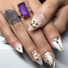 212 Best Bridal Wedding Nail Art Images Wedding Manicure Bridal