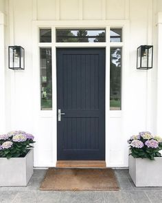 We will be looking into exterior door design ideas, after all, they're the welcoming point to your home. Get going and check the exterior door design that. Black Front Doors, Front Door Colors, Urban Farmhouse, Farmhouse Front, House Front Door, House Entrance, Exterior Doors, Entry Doors, Front Entry