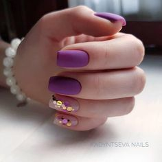 Looking for easy nail art ideas for short nails? Look no further here are are quick and easy nail art ideas for short nails. Prom Nails, Fun Nails, Glitter Nails, Nails 2018, Glitter Bomb, Glitter Art, Casual Nails, Trendy Nails, Purple Nail Designs