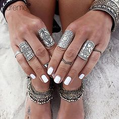Chic bohemian retro set of 4 silver rings at only $6.99