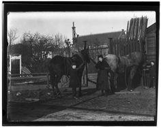 Middenweg (voormalig) · 1896    Middenweg (Zaagmolenbuurt).Tegenwoordig: Rombout Hogerbeetsstraat. Gezien vanaf de Voorweg..