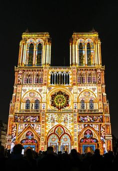 The facade of Notre Dame de Paris will display a light show for the ages, designed to celebrate both the cathedral's enduring majesty and the centenary of World War I. Architecture Parisienne, Saint Chapelle, Photo Souvenir, Ile Saint Louis, Ville France, Reisen In Europa, Vogue, Champs Elysees, Place Of Worship