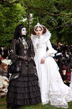romantic vampire pictures | Vampire and Romantic Goth shared Viona's Victorian Picnic 's photo .