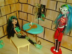Cleo De Nile's Egyptian Room ~ Monster High Doll House