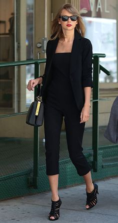 Somehow Taylor Swift's Street-Style Game Just Keeps Getting Better—Here's Proof.