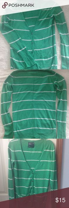 AE cardigan sweater. American Eagle green cardigan sweater.  Size Medium.  Has buttons and pockets. Lighter material.  No flaws! American Eagle Outfitters Sweaters Cardigans