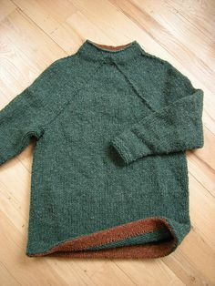 Ravelry: Hurry-Up Last Minute Sweater (December) pattern by Elizabeth Zimmermann