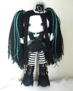Suishou by kat250.deviantart.com on @DeviantArt Kawaii Plush, Cute Plush, Chica Punk, Mickey Mouse Art, Diy Y Manualidades, Crochet Dragon, Gothic Dolls, Monster Dolls, Voodoo Dolls
