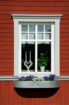 Swedish Cottage, Swedish House, House Windows, Windows And Doors, Future House, My House, Scandi Home, Swedish Style, Cottage Exterior