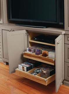 Keep all of you CDs and DVDs organized in an easy to reach location with Thomasville Cabinetry's CD/DVD Insert!