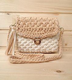 """412 Likes, 11 Comments - Дизайнерские сумочки и рюкзаки (@ksu_s_bags) on Instagram: """"Девочки, у меня в наличии будет вот эта прелесть, осталось только сшить подкладкуОна реально очень…"""""""