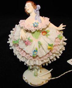Porcelain Ceramics, China Porcelain, Ballerina Figurines, Dresden Porcelain, Ballerina Dancing, Glass Figurines, Ceramic Animals, China Patterns, Royal Doulton