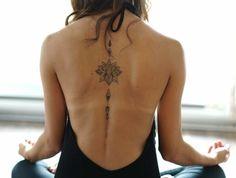 Dessin tatouage fleur petite rose tatouage image