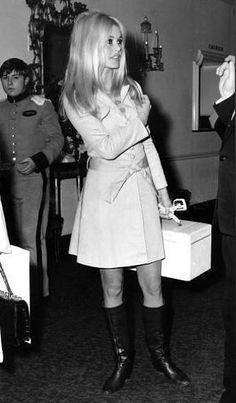 Brigitte Bardot - Love her style!