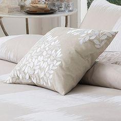 Zarly Cushion