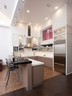 Peninsula Kitchens Design, Pictures, Remodel, Decor and Ideas - page 3