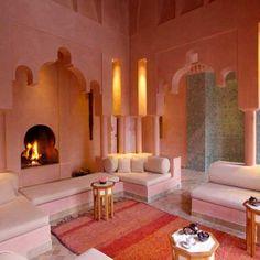 Islamic architecture. Fireplace. Mughal style.