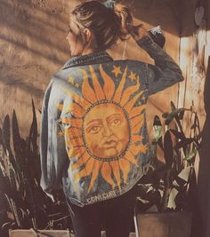 Painted denim jacket Le Soleil The Sun artist Coni Curi 2019 Painted denim .Painted denim jacket Le Soleil The Sun artist Coni Curi 2019 Painted denim jacket Le Soleil The Sun artist Coni Curi The post Painted denim jacket Le So
