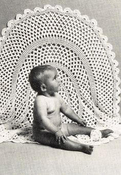 Circular crochet baby shawl round vintage crochet pattern PDF