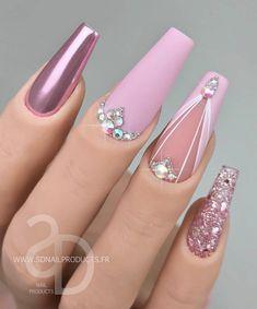 Chic Nails, Glam Nails, Fancy Nails, Pretty Nails, Gel Nail Art Designs, Nail Art Designs Videos, Sparkle Nails, Bling Nails, Acrylic Nails Coffin Pink