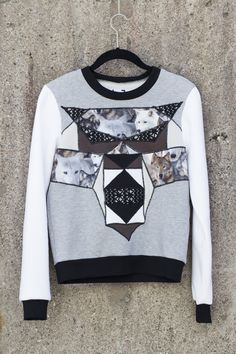 If you want to stand out the crowd choose JULJA wolf sweater. Soft and comfortable material. Diy Accessories, Summer Collection, Crowd, Wolf, Spring Summer, Neckline, Graphic Sweatshirt, Running, Sewing