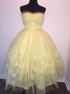 """Vtg 50s Yellow Tulle Party Prom Swing Dress Strapless Full Circle 28"""" Waist"""