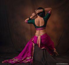 Kashta Saree, Saree Poses, Sarees, Saree Wearing Styles, Indian Face, Nauvari Saree, Pic Pose, India Culture, Saree Look