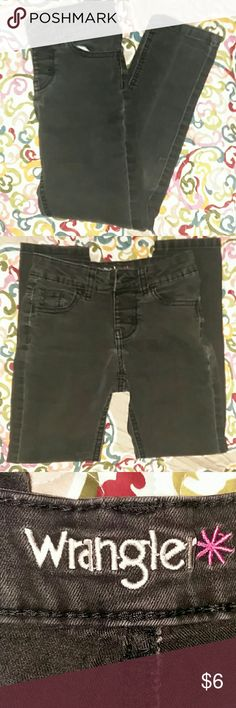 Wrangler skinny jeans Gently used ,good condition,no stains or rips Wrangler Bottoms Jeans