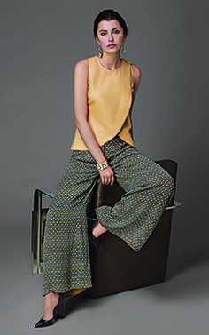 #linen #wrap-top with wide legged #palazzos at #fabels