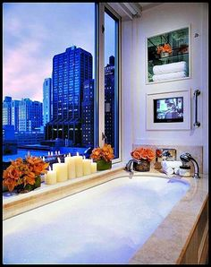 The Peninsula Hotel Chicago is one of the best hotels in Chicago and one of the only hotels that is able to create a true home away from home. Peninsula Chicago, Peninsula Hotel, Unique Hotels, Best Hotels, Amazing Hotels, Relaxing Bathroom, Chicago Hotels, True Homes, Dream Bath