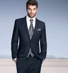 male models in suits - Căutare Google