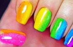 Uñas decoradas de colores, uñas decoradas de colores.   #uñasdecoradas #colornailart #uñaselegantes
