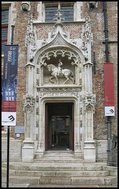 Doorway Gruuthuse Museum Bruges.  Photo by Peter (Blackburn lad1 on flickr)