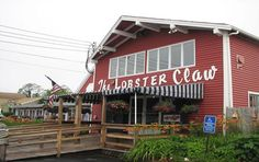 The Lobster Claw Restaurant in Orleans. Early Bird Specials from daily. includes free Chowder, Beverage and Desert of the Day. Cape Cod Lighthouses, Lobster Shack, Cape Cod Vacation, New England States, Oyster Bar, Seafood Restaurant, Nantucket, Places To Eat, Beautiful Places