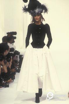 Helena Christensen - Chanel, Autumn-Winter 1994, Couture