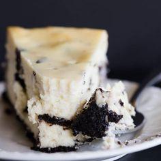 Oreo Cheesecake via @browneyedbaker