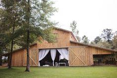southern-wedding-barn-wedding