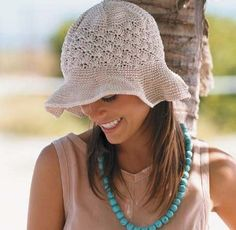 Natural Colored Floppy Brim Hat free crochet pattern
