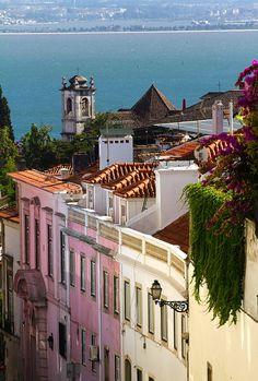 Lisboa #Portugal by © Pierre Richer