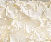 Basic Buttercream Frosting- Martha Stewart Easy to make, this sweet and delicious buttercream screams birthday cake.Also try: Ganache, Seven-Minute Frosting, and Chocolate Frosting Classic Frosting Recipe, Basic Buttercream Recipe, Fluffy Frosting Recipes, Food Cakes, Cupcake Cakes, Cake Fondant, Cupcake Mix, Smash Cakes, Cupcake Frosting