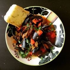 [homemade] My wife made mussels steamed in IPA with chorizo and...