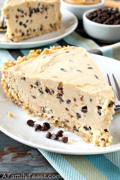 Pies + Tarts - A Family Feast®--Chocolate Chip Peanut Butter Pie Peanut Butter Filling, Peanut Butter Desserts, Butter Pie, No Bake Desserts, Delicious Desserts, Dessert Recipes, Potluck Desserts, Tasty Meals, Pie Dessert