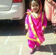@manidrehar❤ Kurta Pajama Punjabi, Punjabi Dress, Punjabi Suits, Baby Girl Fashion, Kids Fashion, Kids Wardrobe, Baby Couture, Cute Little Girls, Pretty Girls