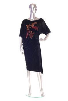 Velvet dress Order by phone : 0727 781 988 Phone 4, Velvet, Seasons, Tops, Dresses, Women, Fashion, Vestidos, Moda