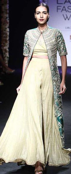 Architha Narayanam at Lakmé Fashion Week winter/festive 2016